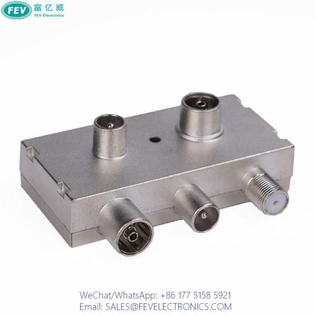 Right Angle CATV Splitter